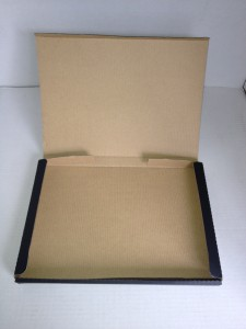 メール便用 黒色組立式箱