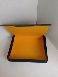 黒xオレンジ カラー段ボール