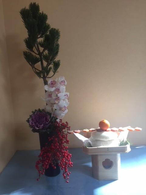 2018年お正月鏡もち、松と蘭の花