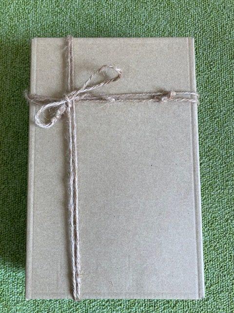 かぶせ式の箱5